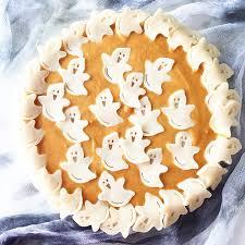 <b>Halloween Pumpkin</b> Pie - A Pretty Life In The Suburbs