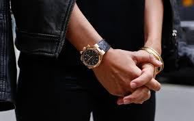 <b>Часы</b> от <b>Michael Kors</b> меряют пульс и оплачивают покупки