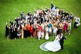 Resultado de imagen de foto grupal de todos los invitados boda