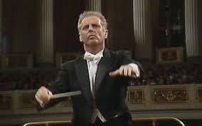 Watch <b>Brahms</b> - Violin Concerto online | Stingray Classica