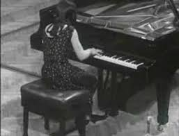 "<b>Martha Argerich</b> play <b>Chopin</b> ""Polonaise N°6 l'heroique"" - YouTube"