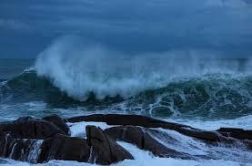 Risultati immagini per onde mare