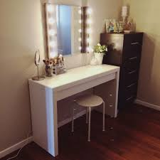 simple modern white glossy wooden vanity table dresser with wall mount lighting mirror combined with white charming makeup table mirror lights