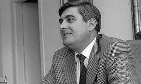 Homenaje a José González, uno de los 'padres' de Universidad de Jaén. José González, en 1999, primer secretario general de la UJA. IDEAL - josegonzalez--300x180