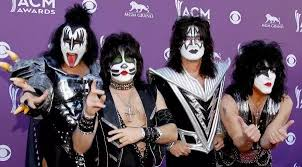 10 wild and shocking facts about rock <b>band KISS</b>