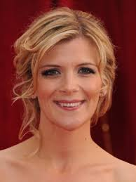 A simple chignon with loose tendrils framing her face is a success for Coronation Street's Jane Danson. - Jane-Danson4