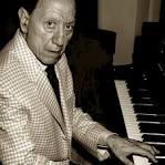 Renato Carosone biography