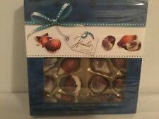 Фундук коробка шоколадных <b>конфет</b> и в ассортименте ...
