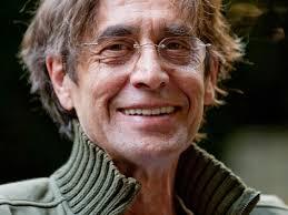 Peter Gruber. Privat. Als Film- und Hörspielregisseur machte er etwa 35 Produktionen für den ORF. Außerdem war er als Regisseur an vielen deutschsprachigen ... - gruber.5066780