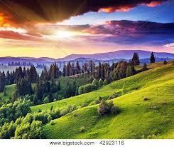 Resultado de imagen de puesta de sol en la montaña