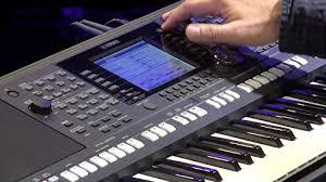 Профессиональные <b>синтезаторы Yamaha PSR-S670</b>/770/970