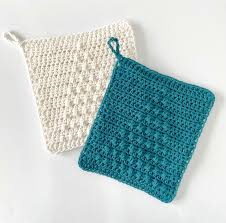 Crochet <b>Christmas Tree</b> Puff <b>Hot</b> Pad | Daisy Farm Crafts