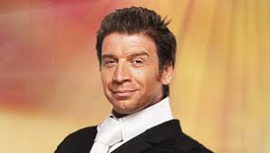 Nick Knowles A talented presenter, Nick Knowles is well known to TV viewers as the host of DIY SOS, City Hospital and Who Dares Wins. - nick_knowles_306