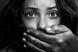 Daesh vende escravas sexuais menores de idade através de messengers