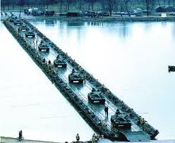 الجسور العسكرية ...أنواعها وأسلوب تطويرها! Images?q=tbn:ANd9GcQYiGGyZkxZaOtEA7kL05OHWpAn13KiCMbTGnOhueCWWtYmWwAR