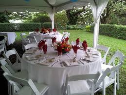 Round Function Tables 66 Round Guest Table With White Linens White Resin Chairs And