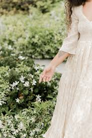 15 Sustainable & Eco-Friendly <b>Wedding Dresses</b> You'll Love Saying ...