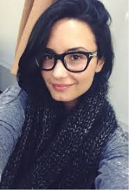 5 Hollywood Actresses Too Proud of Their Prescription Glasses ...