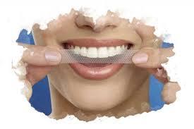 ТОП-7 лучших полосок для <b>отбеливания зубов</b>: рейтинг, отзывы
