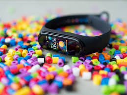 <b>Xiaomi Mi Band 5</b> vs. Mi Band 4: What's the difference and which ...