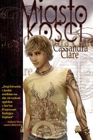 """Clare """"Miasto Kości"""""""