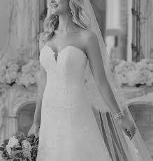 <b>Dora Grace</b> Bridal