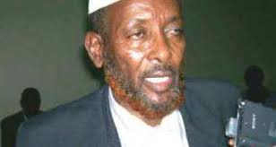 MOGADISHU (Keydmedia.net)-Spokesman of Hawaye clan elders Ahmed Diriye Ali called for Islamist militias of Hisbul Islam and Al-shabab to halt fighting that ... - AXAMED_DIIRIIYE-620x330