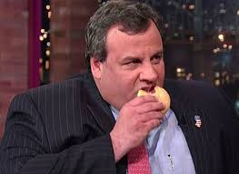 A Port Authority (PA) police officer and childhood friend of New Jersey Governor Chris Christie is said to have supervised the now-infamous George ... - chris-christie-eating