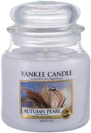 Yankee Candle Classic Medium Jar <b>Autumn Pearl</b> 411g - Krauta.ee