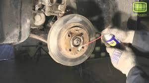 ВАЗ 2110, 2111, 2112: замена <b>передних тормозных дисков</b> ...