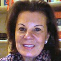 Seit 1990 ist sie zusammen mit ihrem Mann Dr. <b>Roman Skoblo</b> im <b>...</b> - elvira-skoblo