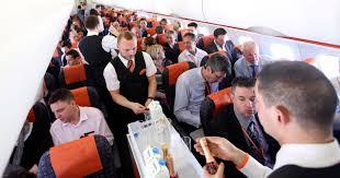 how much money do flight attendants make bloomberg