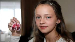 Megan Ward shows off her key ring invention Photo: Paula Ward. A Croydon ten year old with dyslexia has turned a £34 pocket money invention into a £12,000 ... - juan-girlstory-webready