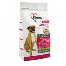 <b>1st Choice Adult</b> Sensitive Skin & Coat for <b>dog</b>