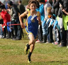 youth runner jeremy roe 1st in the champs race photo by klotz images