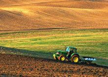 Trump's <b>Hollow</b> Promise of Trade-War Relief for Small Farms | EWG