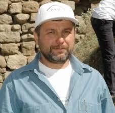 Dr. Mehmet Top, Tarihi Hoşap Kalesi'nde 10 Yıl Boyunca Kazı Çalışması Yapılacağını Söyledi. Hoşap Kalesi'nde İlk Kazı Çalışmaları Başladı - hosap-kalesi-nde-ilk-kazi-calismalari-basladi_o