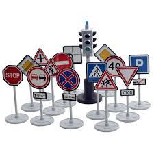 <b>Набор Форма</b> Светофор с дорожными знаками, 14 знаков - С ...