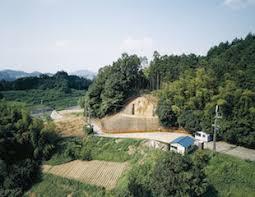 「奈良県明日香村のキトラ古墳で、彩色壁画の中に玄武が」の画像検索結果