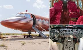 Glimpse inside Elvis Presley's last private jet | Daily Mail Online