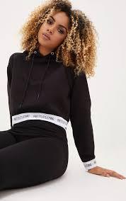 <b>Cropped Hoodies</b> & <b>Sweatshirts</b>
