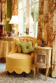 yellow living