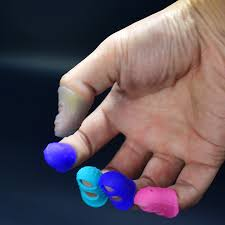 <b>5 pcs Silicone Guitar</b> Thumb Finger Picks Protector Plectrum ...