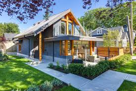 Modern Laneway House With Attractive And Smart Design    Stylish Modern Small House in Vancouver