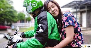 Hasil gambar untuk safety riding gojek 2017