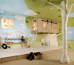 unusual design ideas of cool kid bedroom with tree house shape bed frames and natural floral bedroom kids bedroom cool bedroom designs