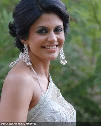 Telly town actress Mandira Bedi is currently being seen as an amazing host in the kiddie singing reality show Indian Idol Junior on Sony TV. - 537_Mandira-Bedi