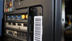 how to install a wireless networking card pc advisor using the screw that was unscrewed earlier when removing the metal plate screw the wireless networking card into place in the case