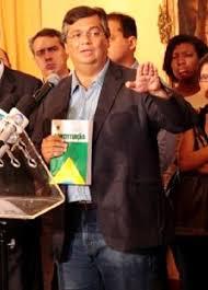 Resultado de imagem para Flávio Dino sai em defesa do mandato de Dilma