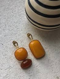 <b>Асимметричные серьги пусеты с</b> янтарём | Балтийский янтарь ...